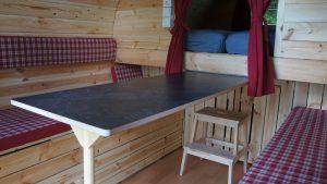 ausziehbarer Tisch